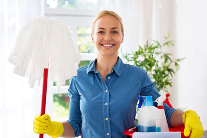 http://www.communitycareteam.co.uk/wp-content/uploads/2016/09/cleaning.jpg